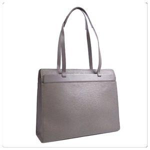 Louis Vuitton Croisette GM Epi Lilac**